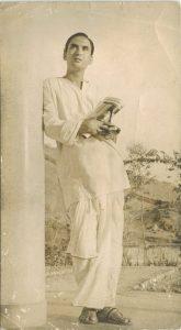Old Photo of Pt. Vishweshwar Sharma